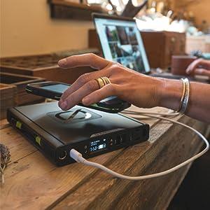 Sherpa 100 AC Wireless Chargin