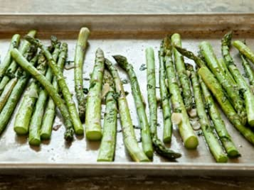 Roasted Asparagus with Garlic and Parsley