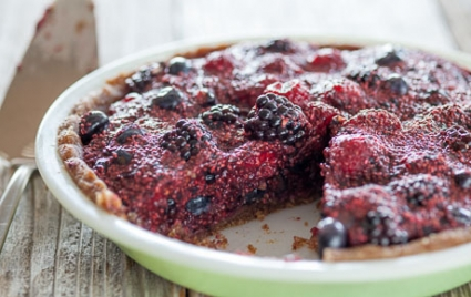 Raw Berry Chia Pudding Pie