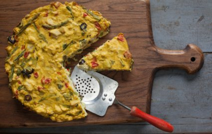 Roasted Bell Pepper and Asparagus Tofu Frittata