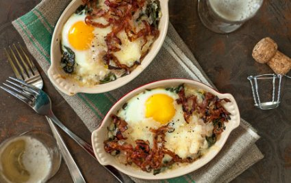 Champagne Baked Eggs with Spinach and Crispy Ham