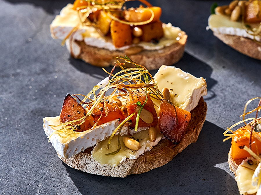 Recipe: Crostini with Butternut Squash and Frizzled Leeks