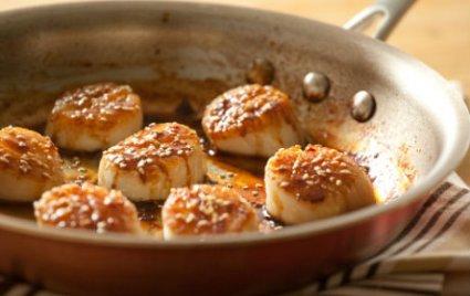 Tamari and Honey-Glazed Scallops