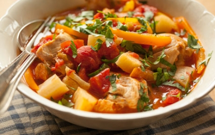 Panamanian Spicy Stewed Chicken