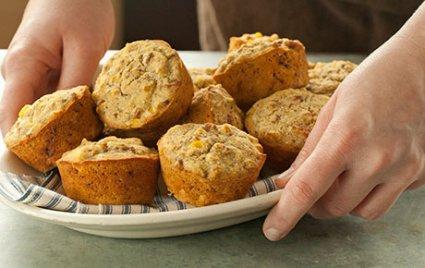 Whole Wheat Cornbread Muffins