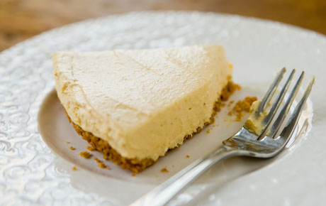 Easy Spiced Pumpkin Refrigerator Cheesecake