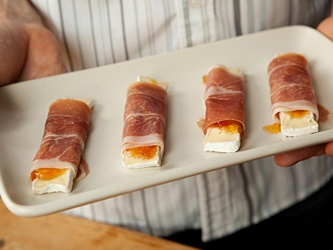 Prosciutto, Brie, and Apricot Rollups Recipe