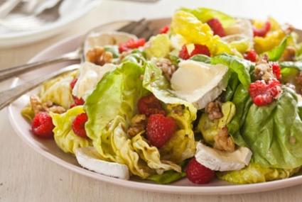 Raspberry Walnut Salad with Mt. Tam Cheese