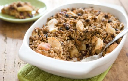 Apple-Cranberry Muesli Crisp