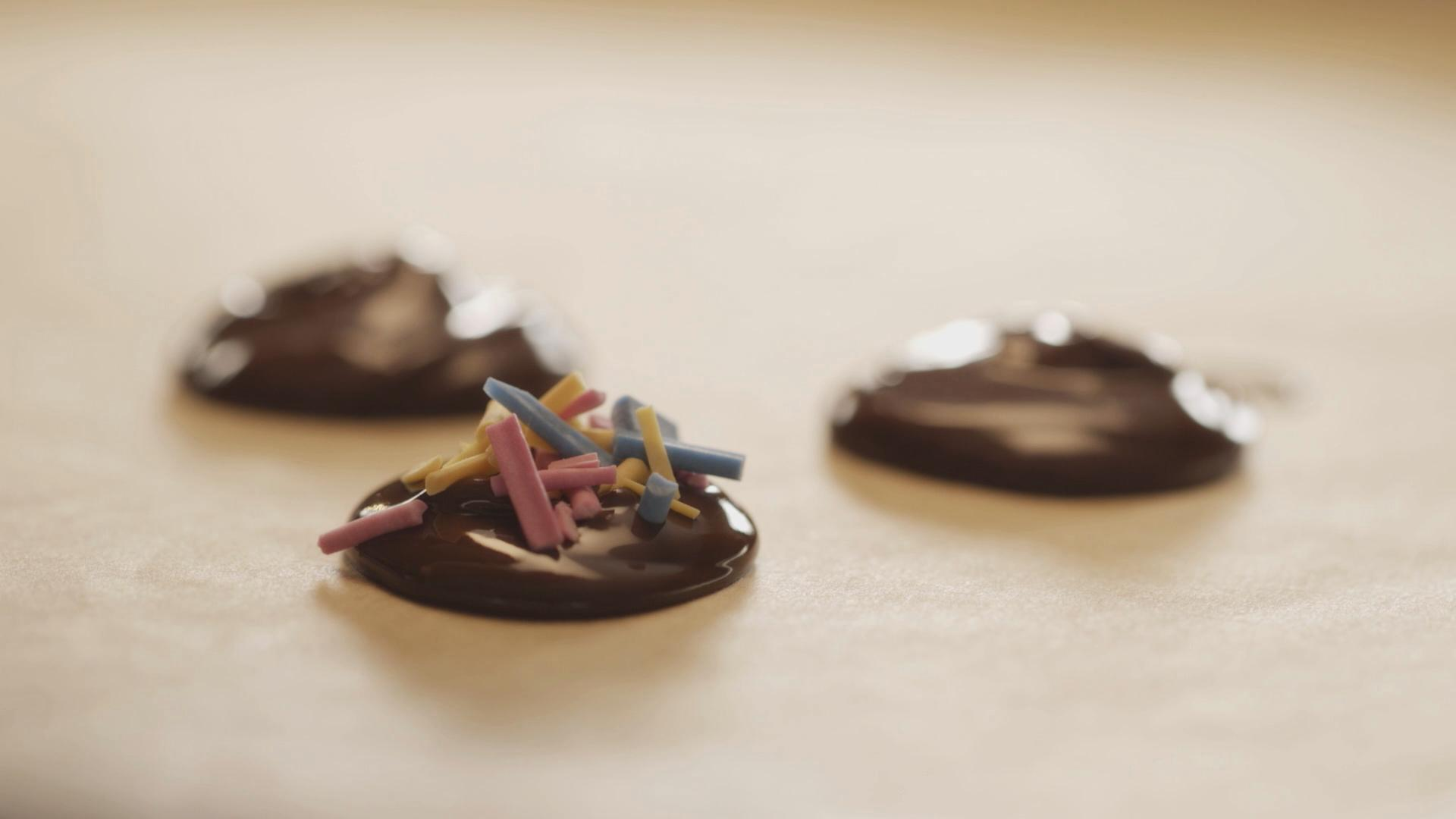 Chocolate Gelt Buttons