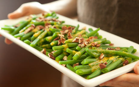 Green Beans with Pecans and Clementines