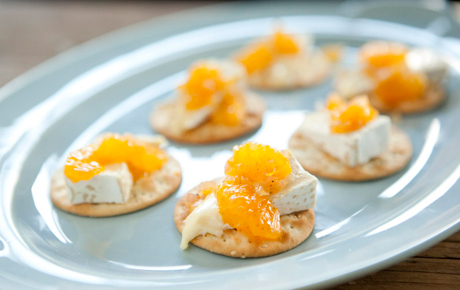 Brie with Cardamom-Scented Clementine Chutney