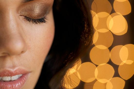 Model: Yanay Rico. Makeup, Hair, and Styling: Kristen Arnett. Photos: Evi Abeler.