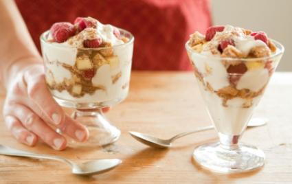 Vanilla Berry Yogurt Parfaits