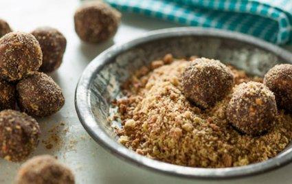 Cocoa-Peanut Cereal Balls