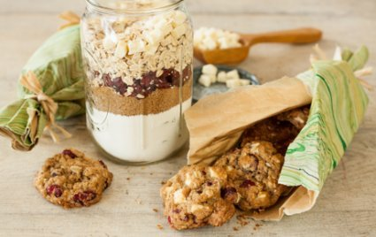 Holiday Oatmeal Cookie Mix
