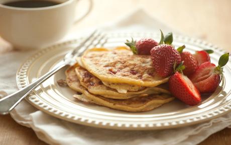 Ricotta Strawberry Pancakes