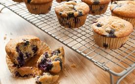 blueberry_spelt_muffins