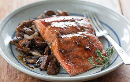 Beer-Glazed Salmon with Roasted Mushrooms