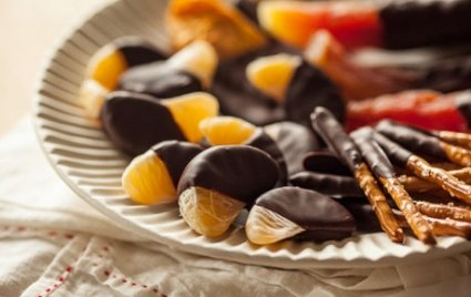 Chocolate Dipped Tangerines, Chocolate Dipped Pretzels and Chocolate Dipped Papaya