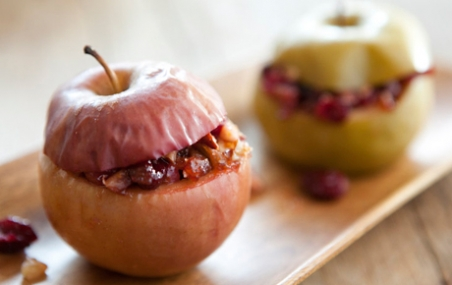 Baked Apples Stuffed with Cranberries and Almonds
