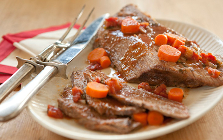 Roasted Beef Brisket with Carrots and Tomatoes
