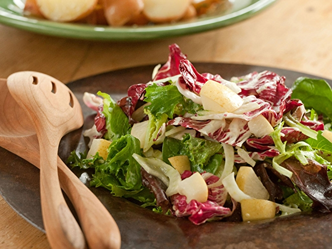 Radicchio, Fennel and Pear Salad recipe