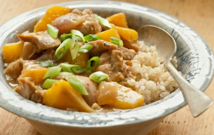 Braised Chicken with Mangoes