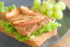 AppleGlazedTempehSandwich