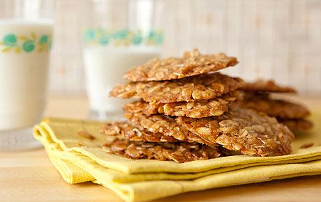 Maple-Oat Cookies