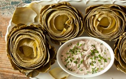 Steamed Artichokes and Creamy Walnut Dip