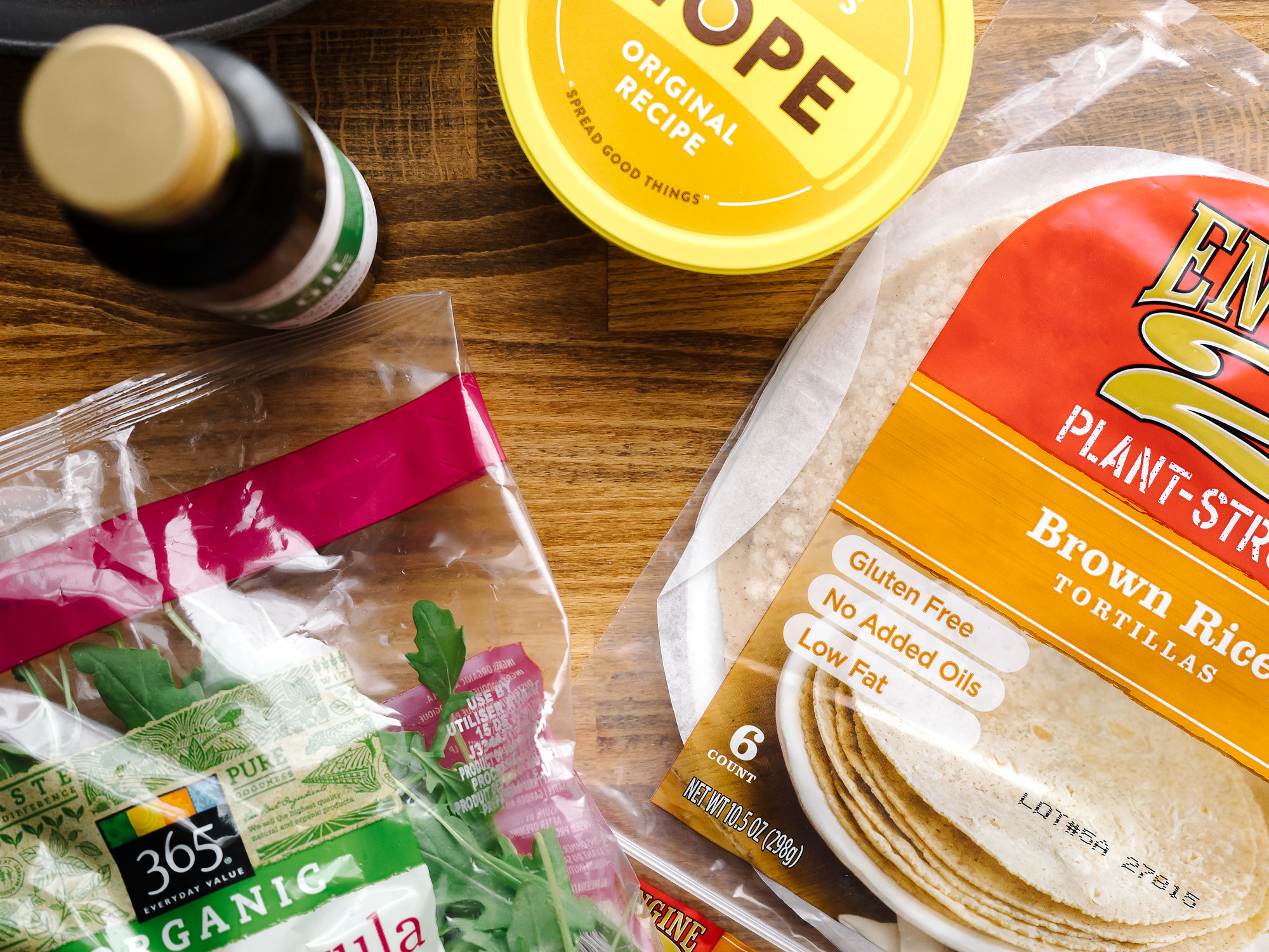 Ingredients for Vegetarian Quesadilla With Sweet & Tangy Dipping Sauce