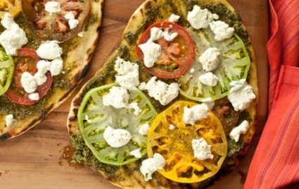 Grilled Heirloom Tomato and Pesto Pizzas