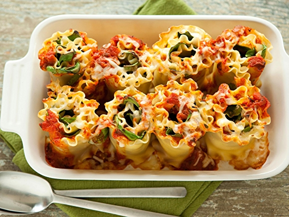 cheesy lasagna rolls recipe