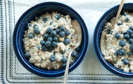 Creamy Almond Rye Flake Oatmeal