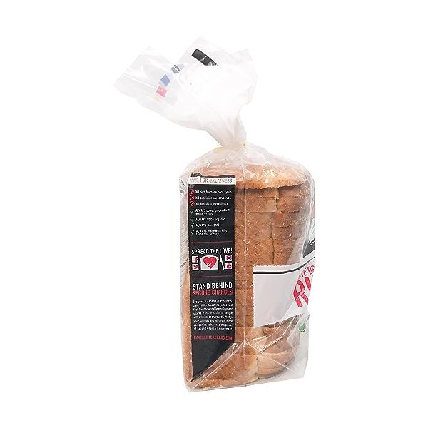 Organic White Bread Done Right, 24 oz 4