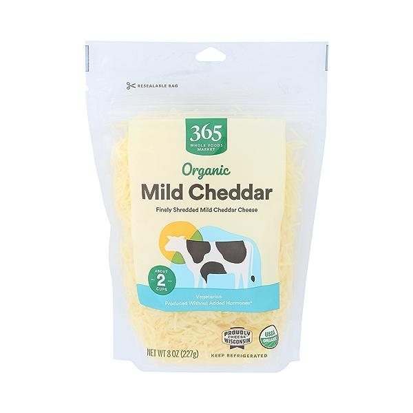 Organic Shredded Mild Cheddar Cheese, 8 oz 1