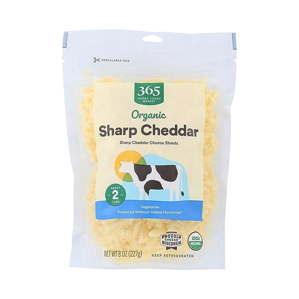 Organic Sharp Cheddar Cheese Shreds, 8 oz 1