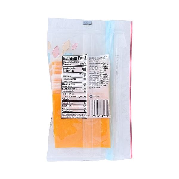 Mild Cheddar Cheese Slices, 8 oz 2