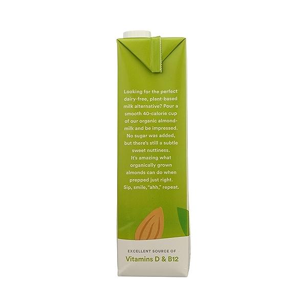 Organic Unsweetened Original Almondmilk, 32 fl oz 2