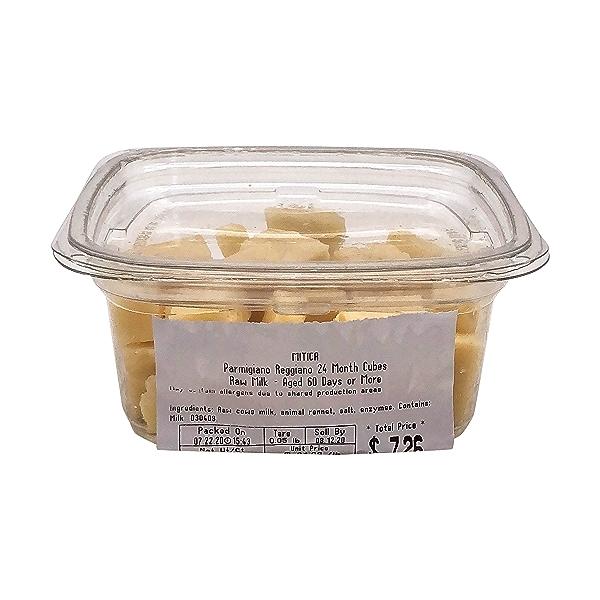 Parmigiano Reggiano 24 Month Cubes, 0.33 lb 2