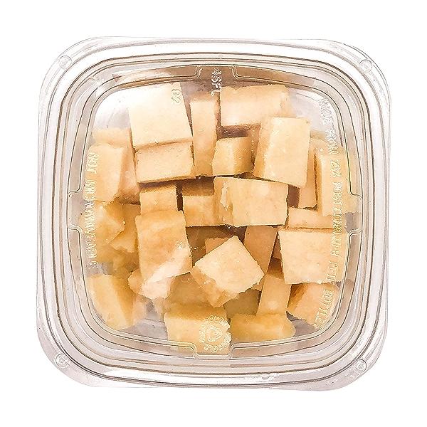 Parmigiano Reggiano 24 Month Cubes, 0.33 lb 4