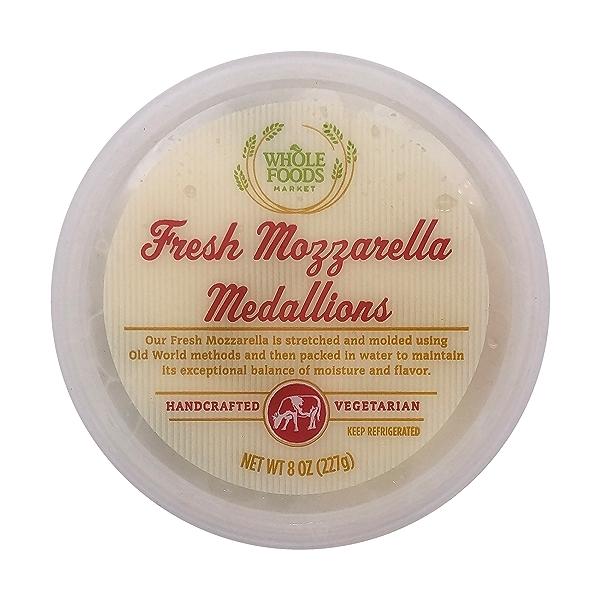 Fresh Mozzarella Medallions 5
