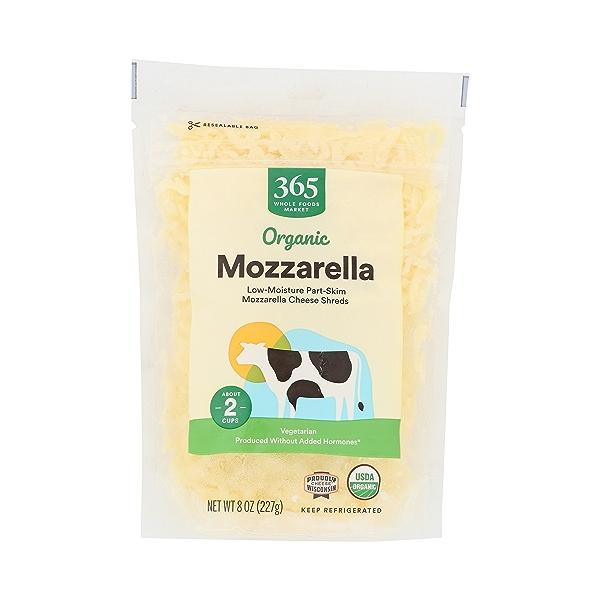 Organic Cheese Shreds, Mozzarella 3