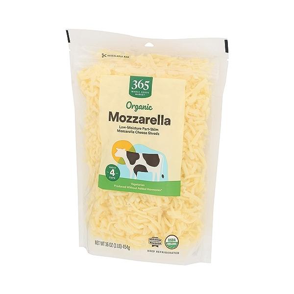 Organic Cheese Shreds, Mozzarella 4