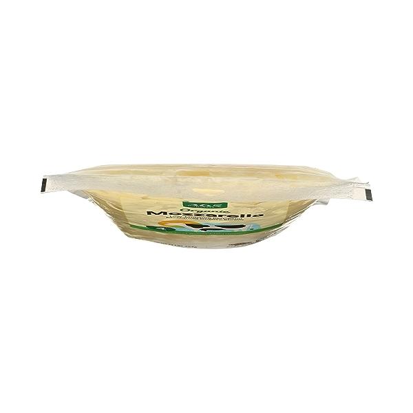 Organic Cheese Shreds, Mozzarella 6