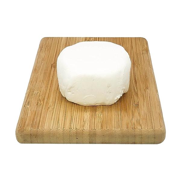 Capricho De Cabra Goat Cheese 1