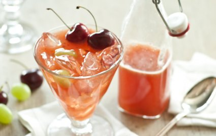 Wine Tea Punch with Summer Fruit