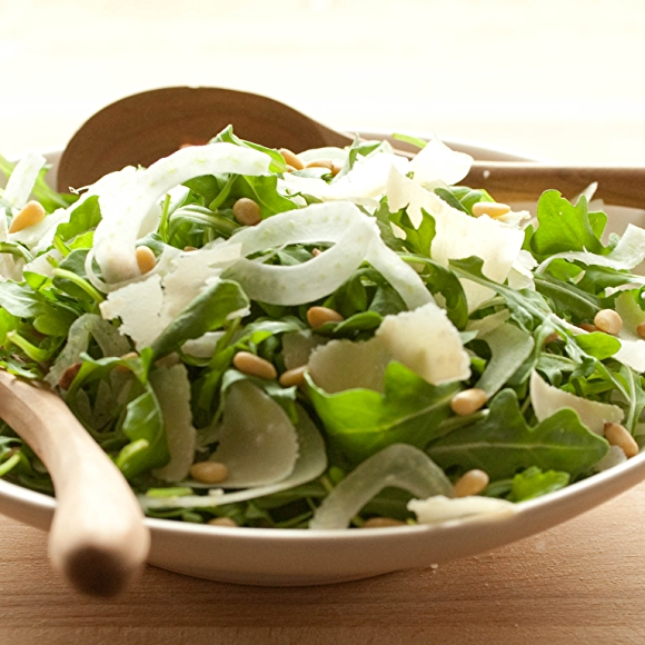 Arugula Salad with Fennel and Pine Nuts recipe