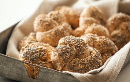 Seeded Whole Grain Beer Knots